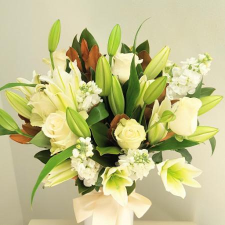 Lilies N Roses